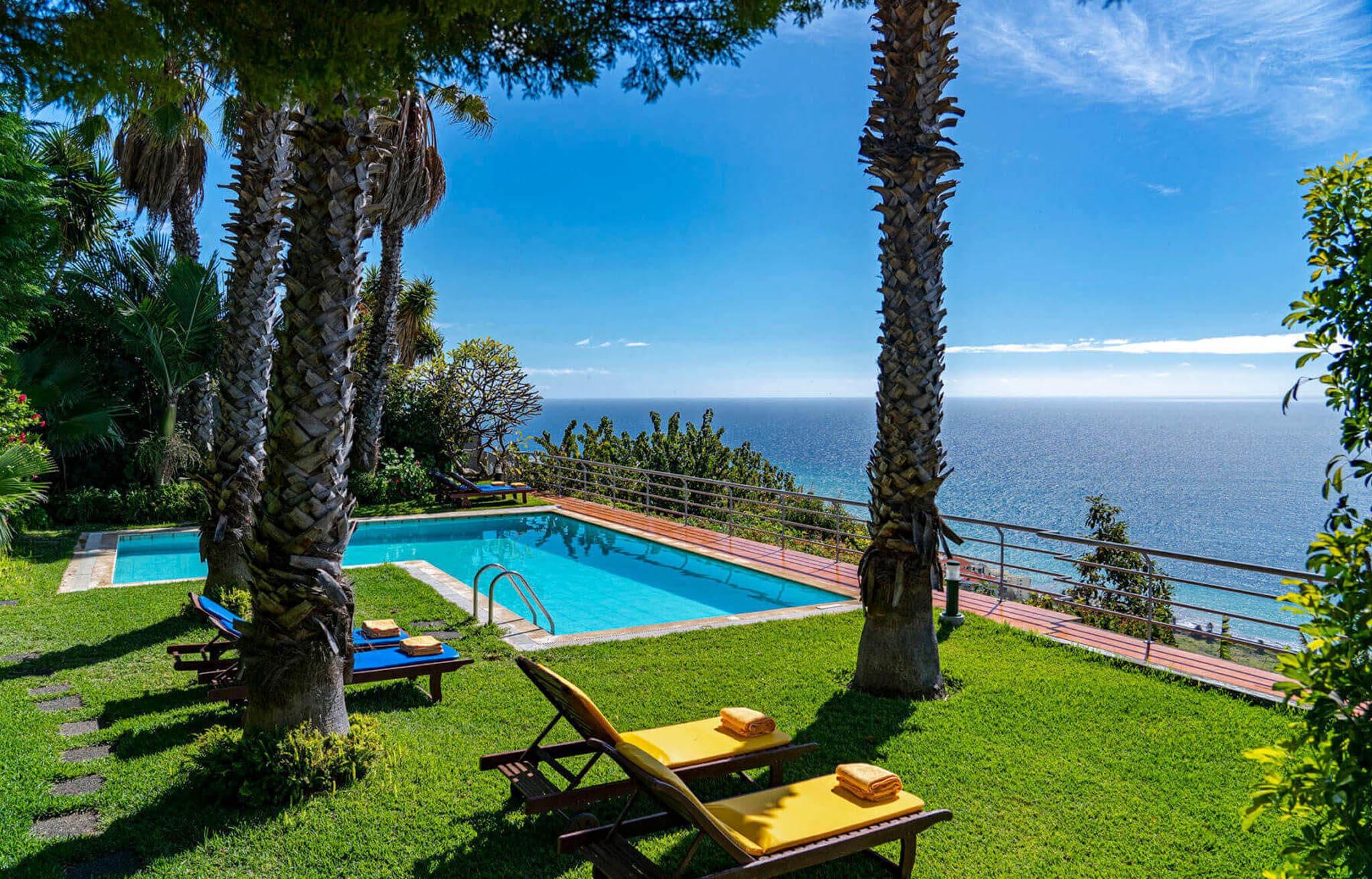 Casa do Papagaio Verde - Bed & Breakfast in Madeira Island